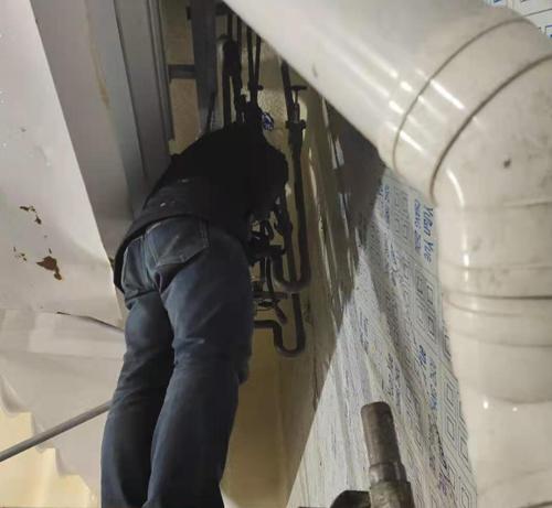 制冷设备保养检查